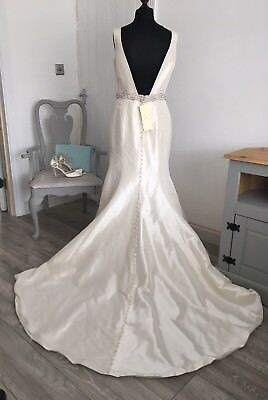 9106 By Allure bridals dress, Size 14, Ivory/silver - Ex sample