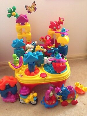 Fisher Price pop-onz spinning musical table