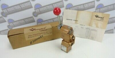 VERSA VALVE VSH-8302 * 3 Way Pneumatic Valve (NEW in BOX w/ Instructions)