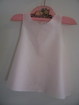 Vintage Embroidered Very Pale Pink Underslip Baby Girl 3-6 months?