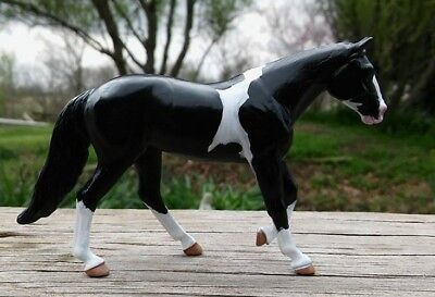 CM Breyer SM Stablemate customized G4 Loping Quarter Horse Pinto Paint