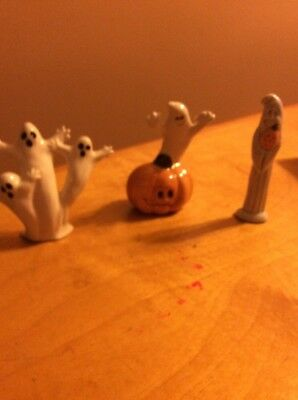 Lot Of Three Halloween Ghost Decorations S27