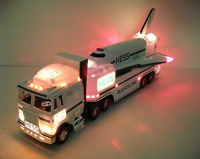 REDUCED--1999 Hess toy truck/space shuttle-head,tail & shuttle lights/sound-NIB-