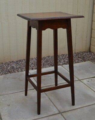 Lovely Antique Tall Oak Plant Stand Arts and Crafts Display Stand