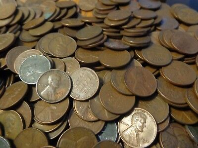 Lot Of1562 Unsearched Lincoln Wheat Cents,teens ,20's 30's 40's 50's  31 Rolls