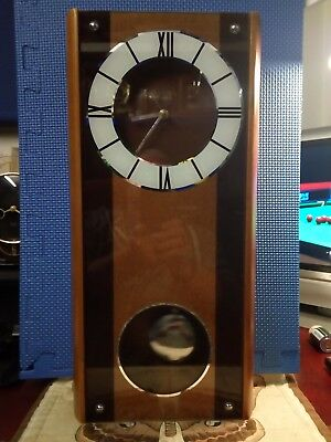 Stunning Vintage/retro Battery Wall Clock, GWO.
