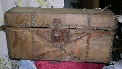 Antique Deerskin Stagecoach trunk 1800's Hampton Bays NY Estate Ready to restore