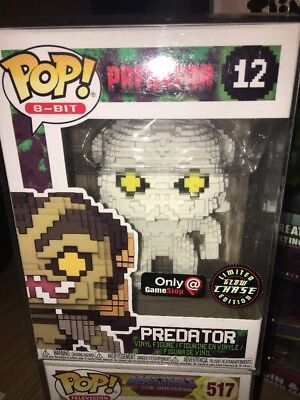 Funko Pop! Predator 8 Bit Chase GITD HTF LE GameStop Exclusive Figure
