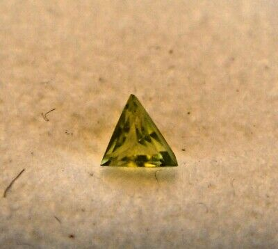 Peridot Triangular Cut Gemstone 5 mm x 5 mm 0.25 Carat Natural Gem