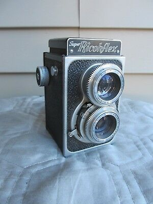 vintage Super Ricohflex Twin Lens Reflex TLR Camera nice condition