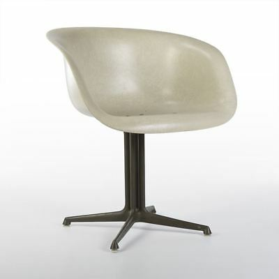 White Herman Miller Vintage Eames La Fonda Fiberglass Low Dining Arm Shell Chair