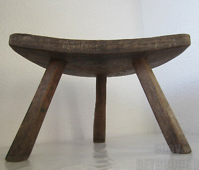 19thC  ANTIQUE primitive WOODEN three LEGGED MILKING STOOL chair tripod ... /5q/