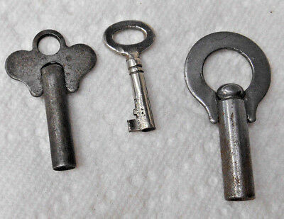 Lot of 3 Vintage Old Antique Hollow Barrel Windup Winding Skeleton Keys