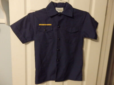 Youth Medium Cub Scout Shirts   2 Available At $14.99 Each #79