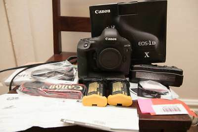 Canon EOS 1DX 1D X 18.1 MP USA Model Digital SLR Camera Package in Box (Body)