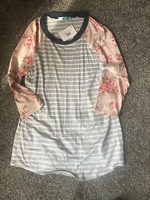 womens chris and carol taupe floral raglan tee size large