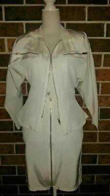 Vintage 1980s White Skirt & Jacket Power Suit Size 6 - 8
