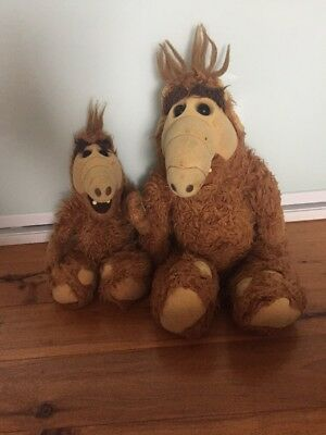 TWO VINTAGE ALF TOYS - 1980's -  COLLECTABLE .