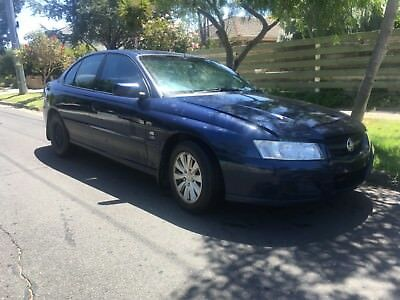 Holden commodore vz acclaim
