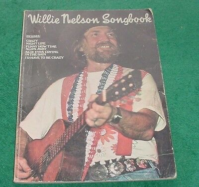 WILLIE NELSON SONGBOOK Photos 4th July Picnic pics & CRAZY Piano Vocal Guitar