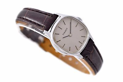 Vintage Tissot Stainless Steel Ladies Petite Hand Wind Watch 728
