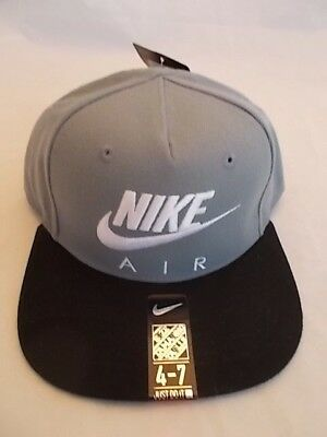 Nike Air Snapback Hat Cap Embroidered Flat Brim 8A2653-146 Size 4-7 Youth Kids