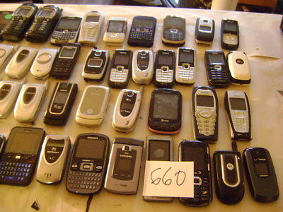 Lot of 65 Cellphones For Scrap And Gold Recovery As Is Lot # 660