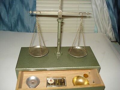 Vintage Scale Dixson Gold, Jeweler, Precious Petals With Weights,wafers Not Used