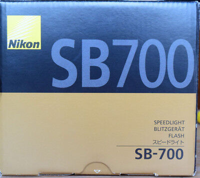 Nikon Speedlight SB-700 Flash. MINT Condition. Boxed & Complete.