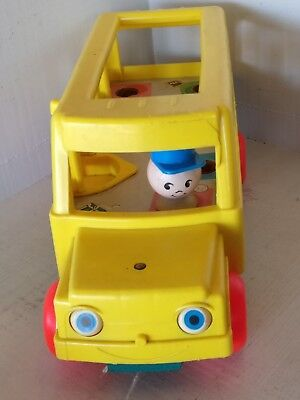 1965 Fisher Price Little People School Bus Pull Toy #192 Vintage