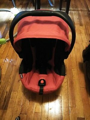 Britax B Safe-35 Infant Seat, Red and base slightly used pet and smoke free home
