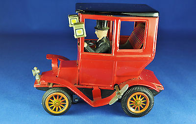Blechauto / Tin Wind-up Toy: Bandai Oldtimer mit Fahrer / with Driver, ca. 1960