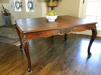 Antique Country French Oak Dining Table Carving Scalloped Apron Cabriole Legs