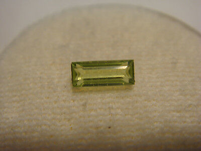 Peridot Baguette Cut Gemstone 6 mm x 2.5 mm 0.50 Carat Natural Gem