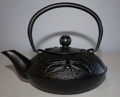 Black Japanese Traditional Style Cast Iron Teapot (Dragonfly)