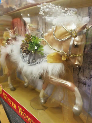"Breyer Horse ""Winter Wonderland"" 2017 Holiday Horse Limited Edition"
