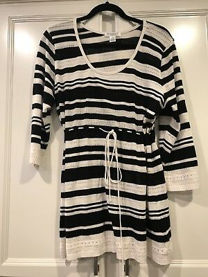 Motherhood maternity 3/4 sleeve tunic sweater black and white striped Size L