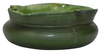 Grueby Pottery Matte Green Pinched Rim Low Bowl
