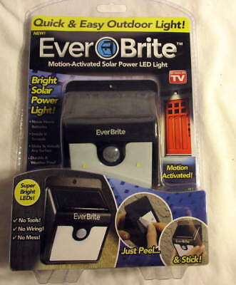 Ever Brite Motion-Activated Solar Power LED light New!