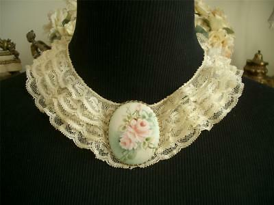 DAINTY FLUFFY RUFFLED Antique VTG VALENCIENNES LACE COLLAR DRESS FRONT *DOLLS