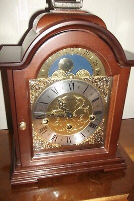 HERMLE BRACKET moving MOON phase CLOCK - GERMAN WITH KEY GWO