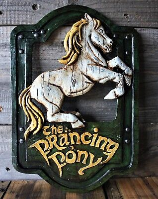Lord of the Rings 'The Prancing Pony' pub sign