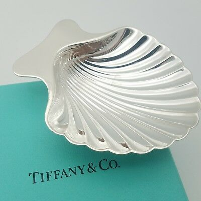 Tiffany & Co. Makers Sterling Silver Sea Shell Candy Nut Dish Bowl Tray W/ Box