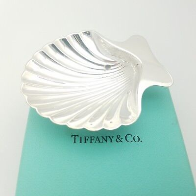 Tiffany & Co. Makers Sterling Silver Sea Shell Candy Nut Dish Bowl Tray With Box