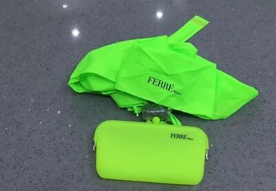 Ferre Milano Bright Lime Green Compact Umbrella/Brand New with Matching Purse