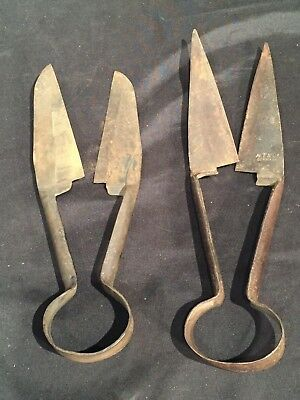 Pair of vintage Sheep SHEARS primitive farm tool country western decor rusty