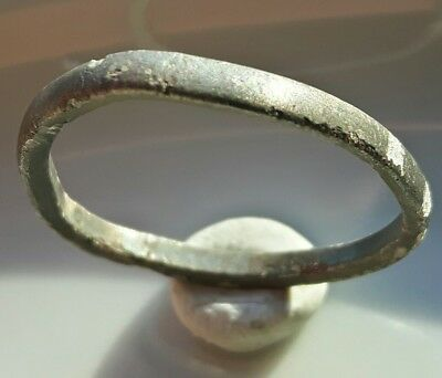 Celtic ** Silver  Ring ** Wedding Band ** Great Look !!