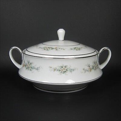 Noritake MELISSA Round Covered Vegetable Bowl Casserole Dish Contemporary 3080