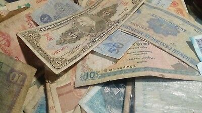 Lot of 10 Worldwide Banknotes All Circulated