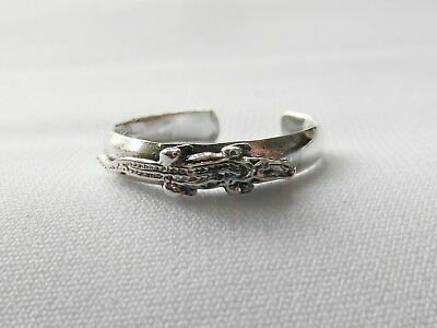 Sterling  Silver  (925)  Adjustable  Crocodile  Toe  Ring  !!        New !!